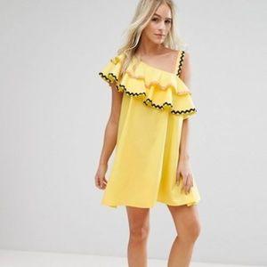 ASOS Women's 6 S Rik Rak One Shoulder Dress Yellow